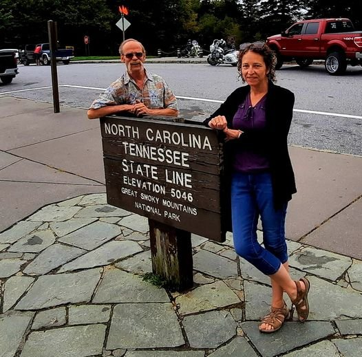 May be an image of 2 people, including Lynda Holliday, people standing, park and text that says 'NORTH CAROLINA STATE LINE TENNESSEE ELEVATION GREAT SMOKY MOUNTAINS PARK 5046 NATIONAL'